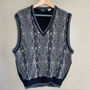 Vintage Italian sweater Co. patterned sweater vest wool blend  size large v-neck